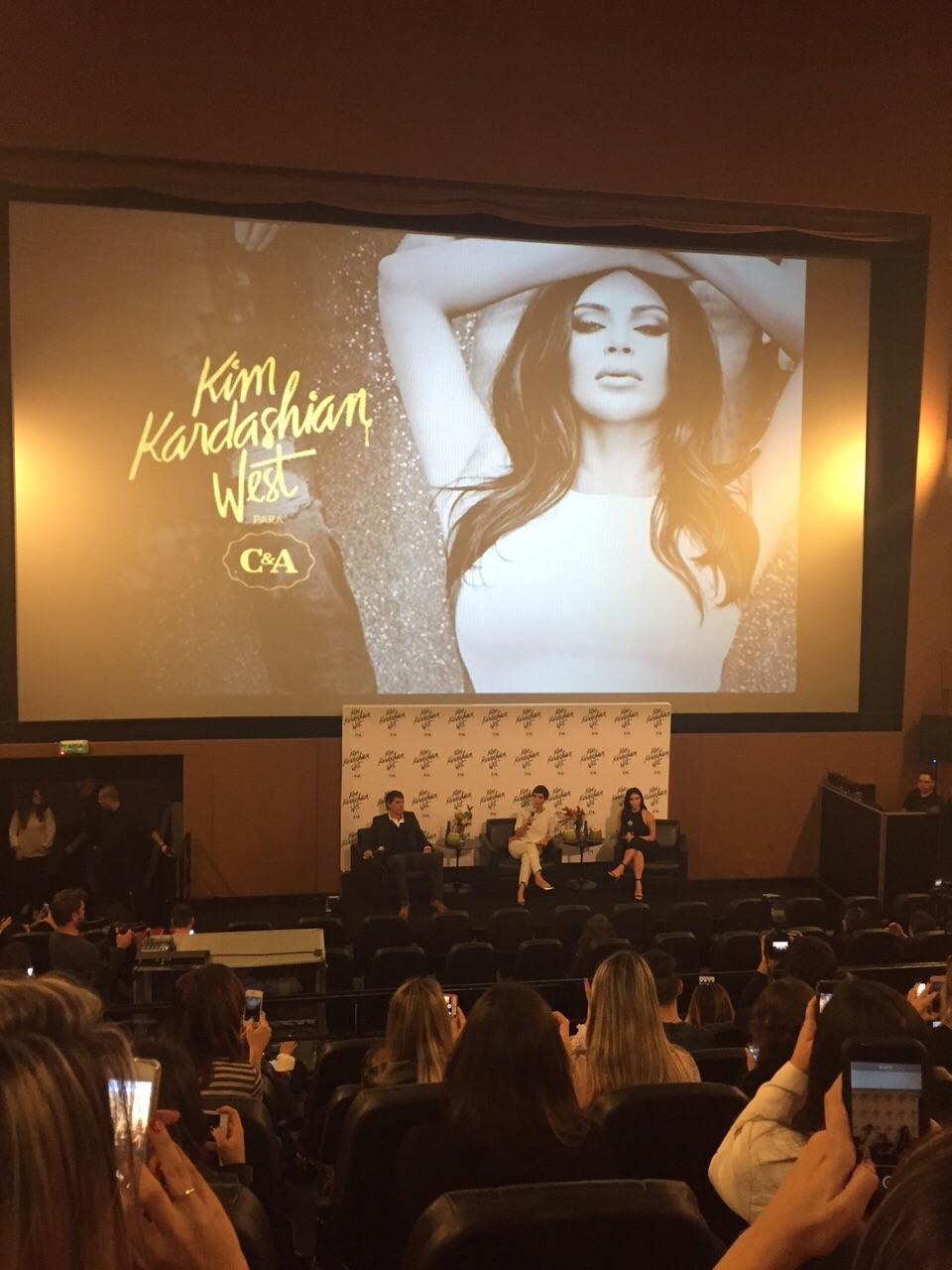 kim-kardashian-west-para-cea-colecao-assinada-dia-dos-namorados-coletiva-kim